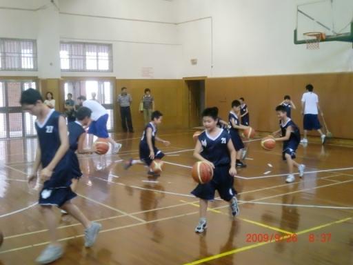 刘炜篮球俱乐部活动
